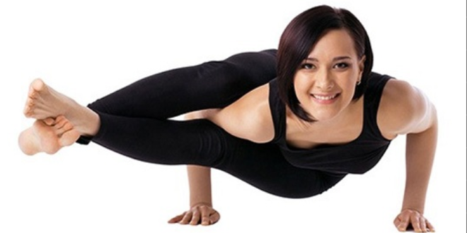 How To Do Astavakrasana (The Eight-Angle Pose) - Zahra Yaqub
